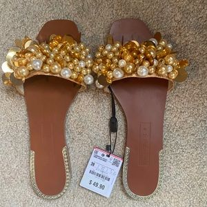 NEW Zara Yellow Sandal/ Flip Flops